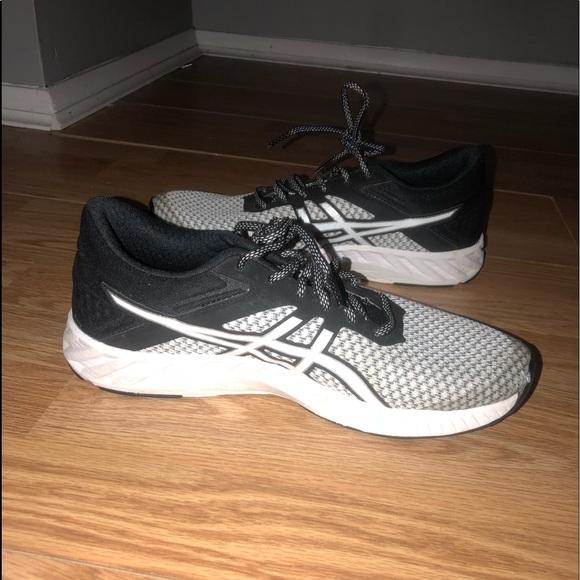 sprzedaż obuwia ekskluzywny asortyment dobra jakość Asics Gym Shoes